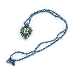 Naszyjnik makramowy z kaboszonem niebieski